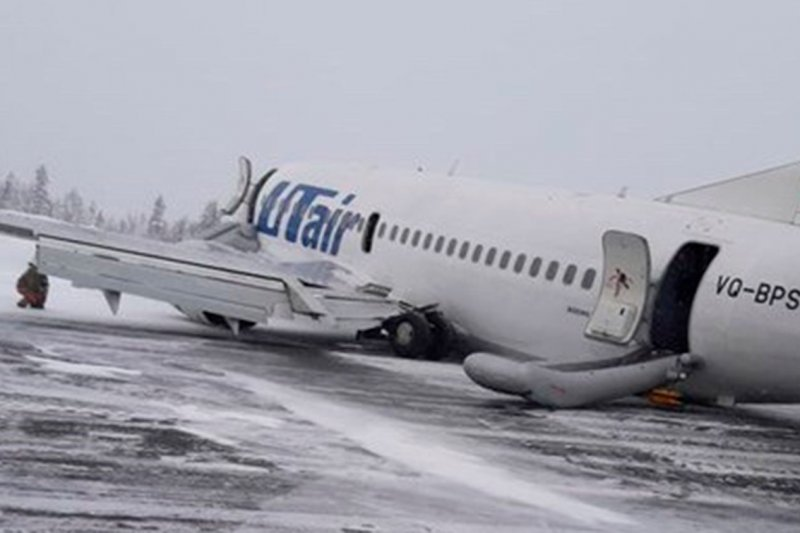 Названа еще одна причина жесткой посадки Boeing 737 в Усинске